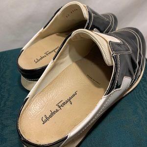 Salvatore Ferragamo Shoes - Salvatore Ferragamo Vintage Leather Mules